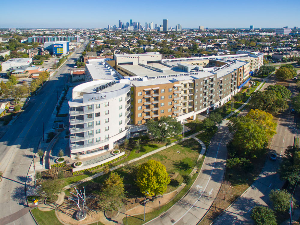 Oblique Aerial View of Elan Memorial Luxury Apartments in Houston